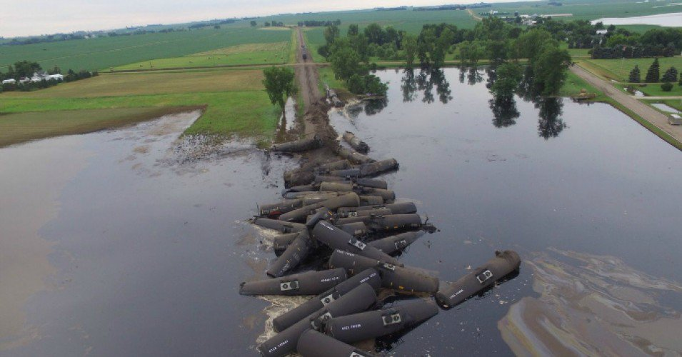 Iowa Train Derailment.jpg