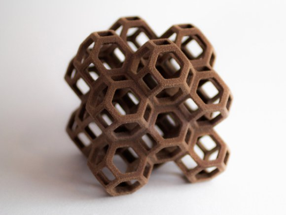 "Source: Makezine.com, ""3D Systems Breaks the Mold: Sugar, Chocolate, Ceramic, and Full-Color Powder 3D Printing On Your Desktop"""
