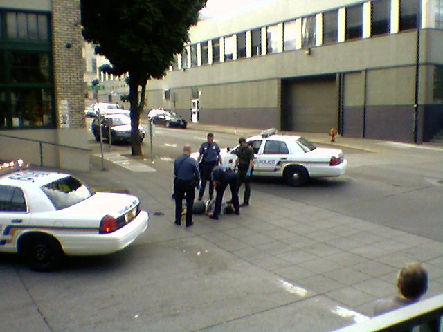 13th-Evrt - Photo of the arrest